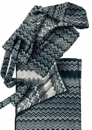 Missoni Keith Zig Zag Black White Bathrobes And Towels - Missoni black and white bath mat for bathroom decorating ideas