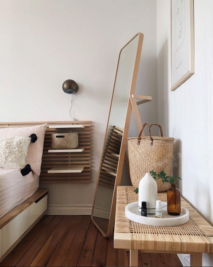 The Wabi-Sabi Home of Émilie Desjarlais (my scandinavian home) #minimalisthomedecor