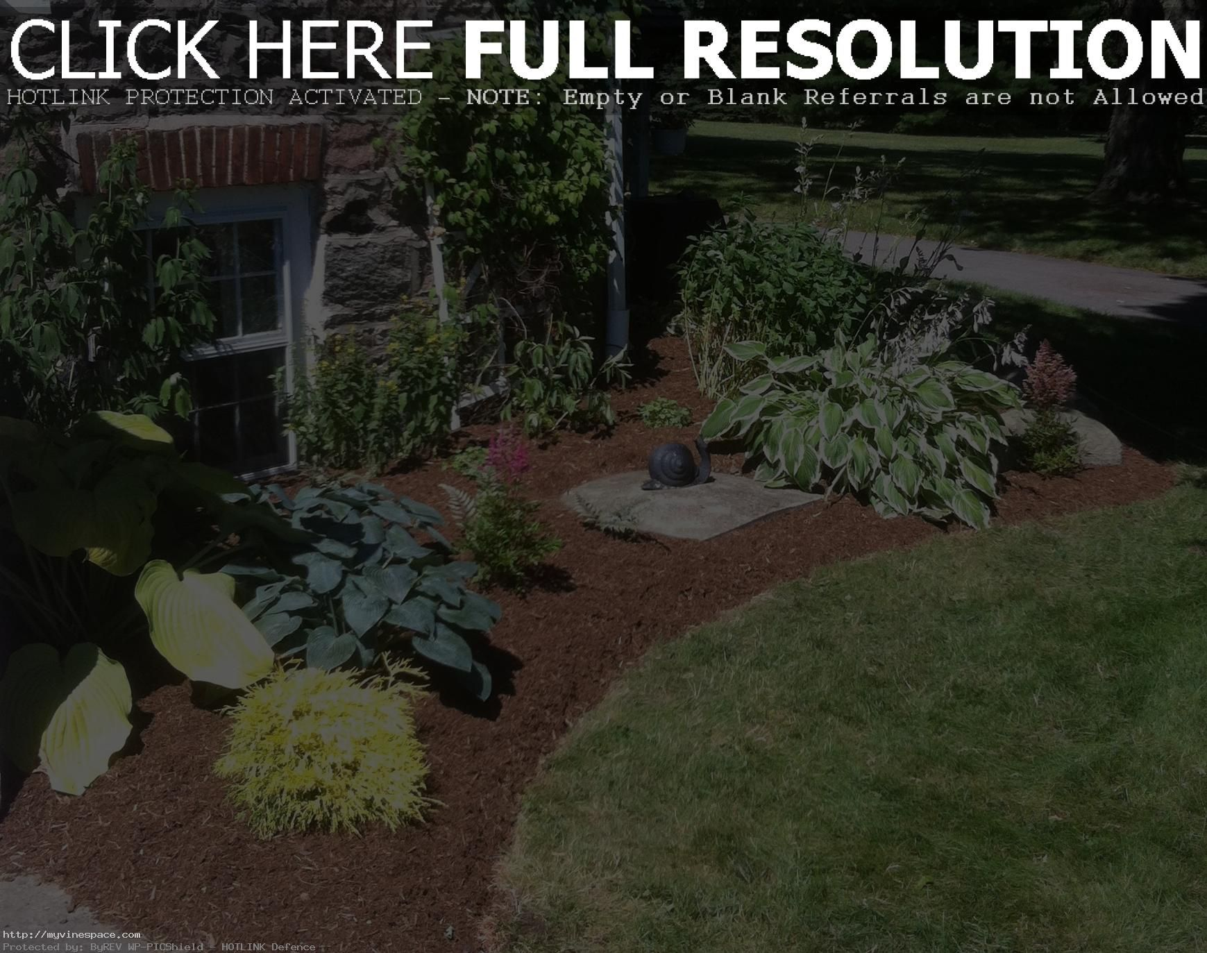 Landscaping Ideas For The Front Yard Better Homes And Gardens Onbudget Landscaping Lowmaintenan Better Homes And Gardens Front Yard Front Yard Landscaping
