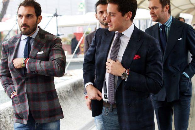 """PITTI UOMO STREET STYLE: 11 GENNAIO 2013... Mai dimenticare la """"pochette"""" al taschino della giacca!"""