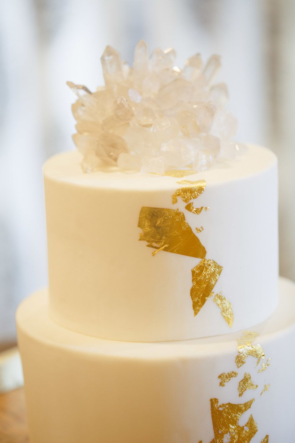 Biddle ranch wedding shoot crystal cake topper gold and
