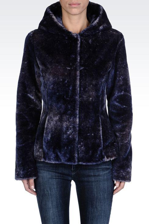 0777298930 Armani Jeans pelliccia ecologica | Cose da indossare | Pelliccia ...