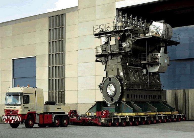 World's Largest Engine has 109,000 HP Diesel engine