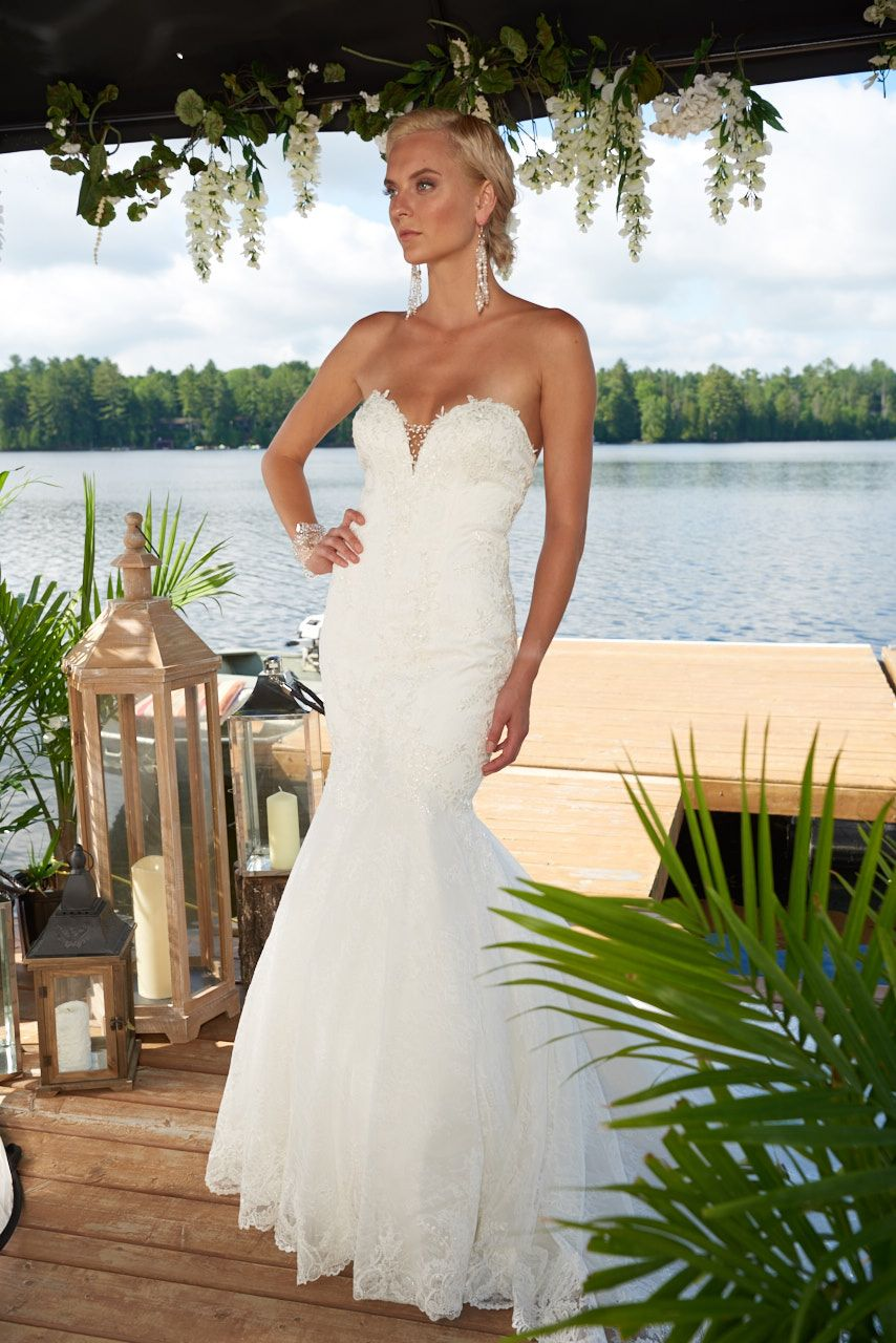 Dando london bridal gown kensingston wedding dress fit and flair dando london bridal gown kensingston wedding dress fit and flair silhouette in all over ombrellifo Image collections
