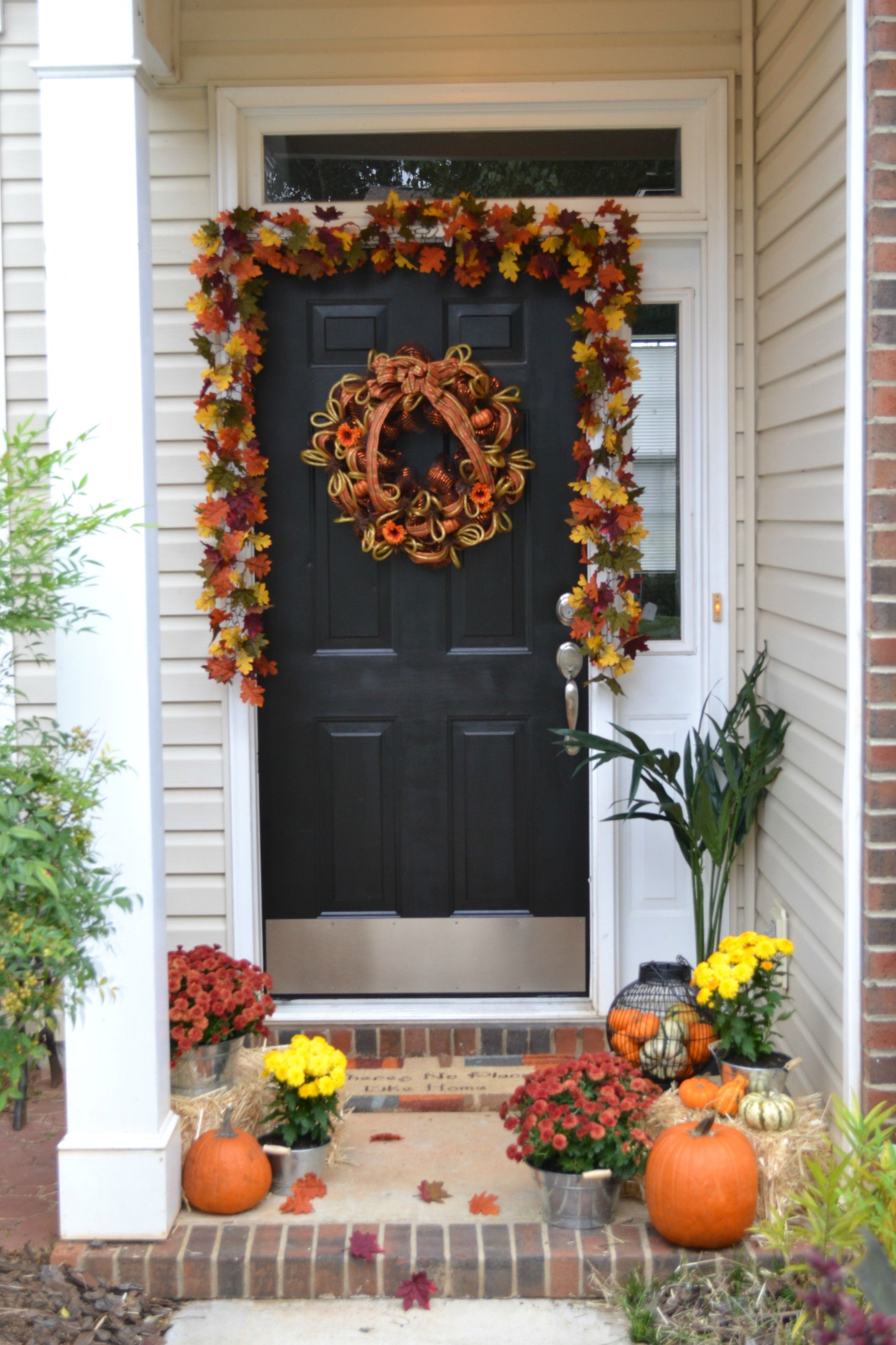 Above exterior window decor   sweet fall front door decor ideas to make a fantastic first