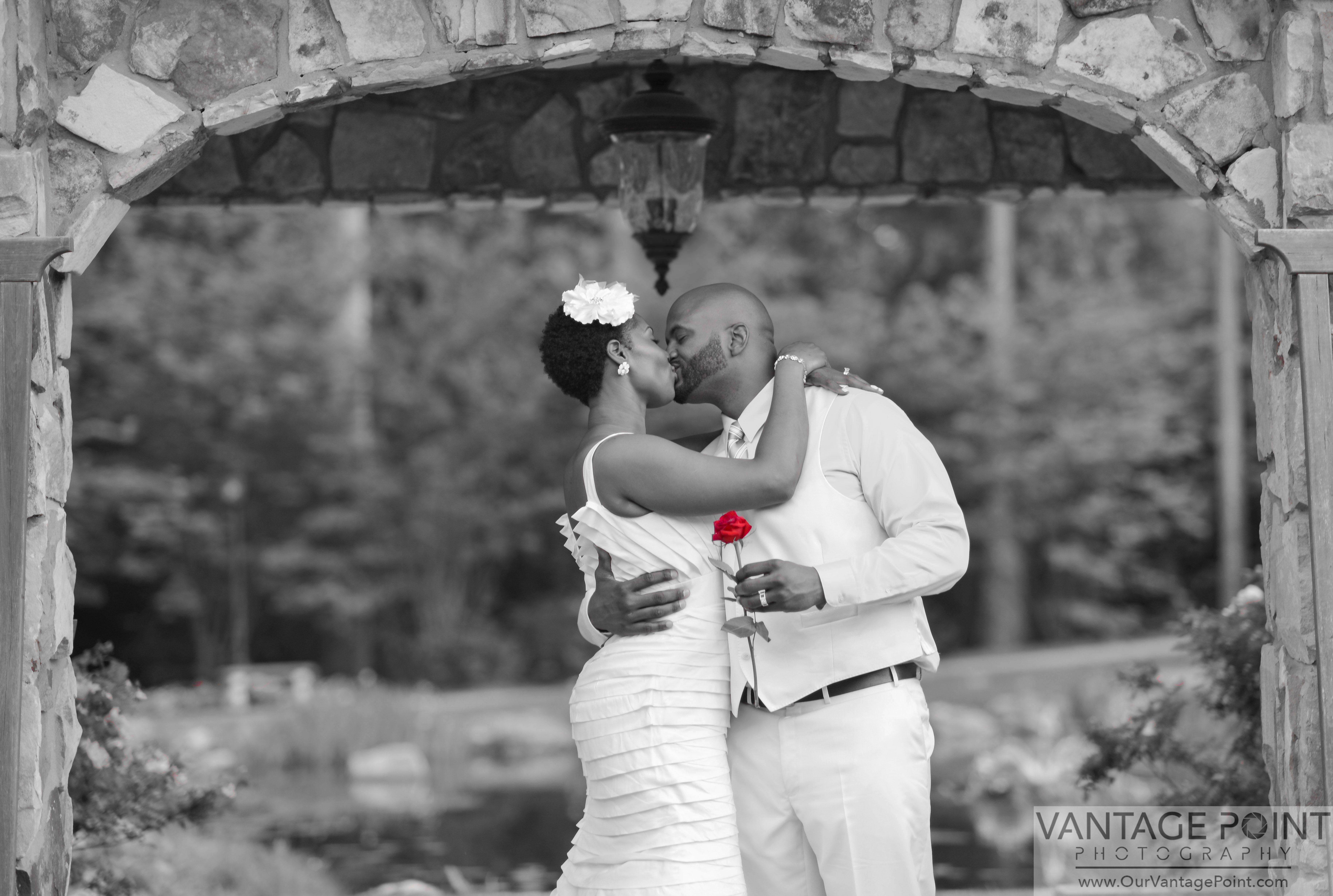 Atlanta photographers bridal portraits black u white color key