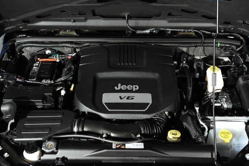 Ferrari Blue Nart Kevlar Custom 2014 Jeep Wrangler