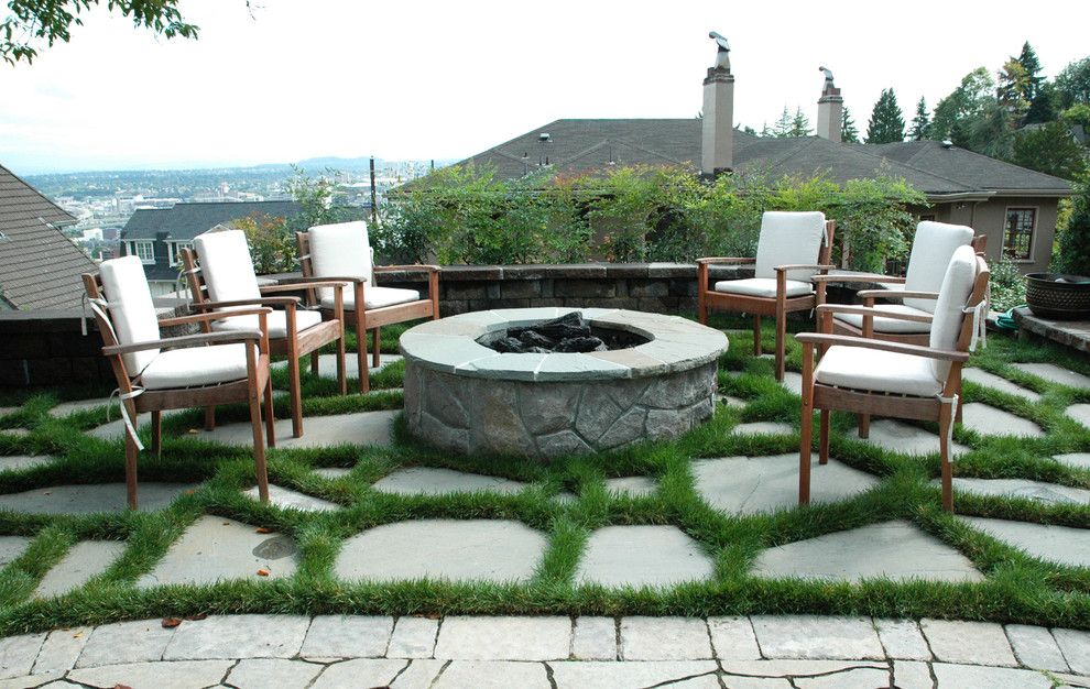 outdoor fire pit ideas Patio Traditional with