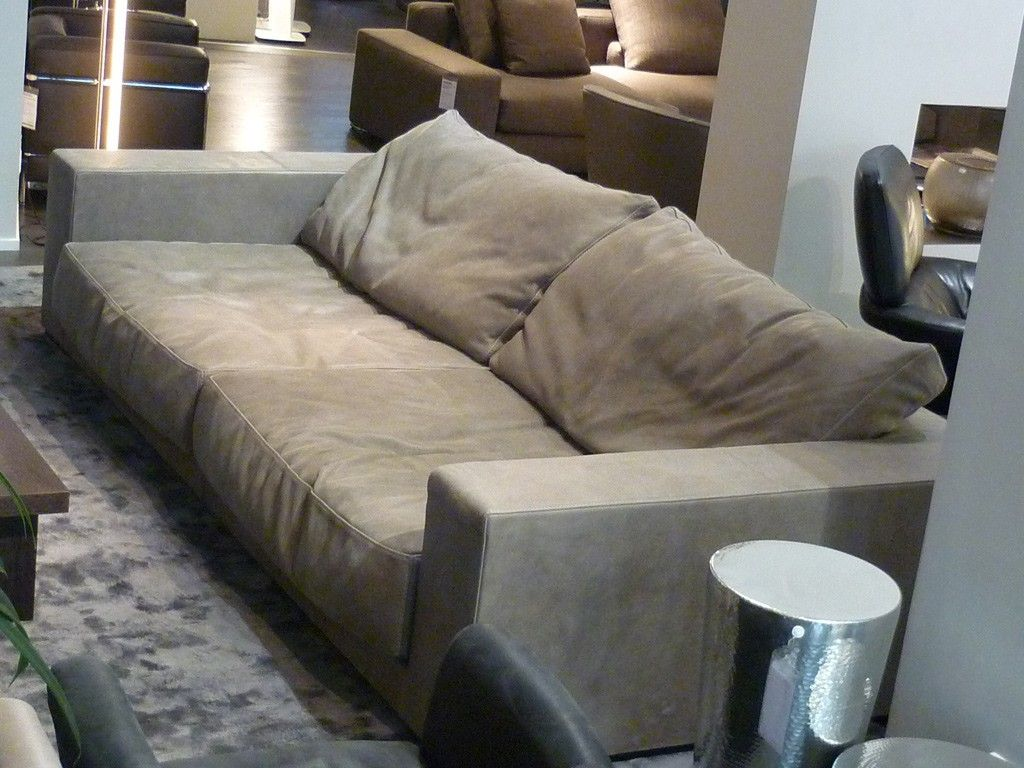 Sofa baxter budapest sofa 300x140cm in grau von paola for Baxter budapest