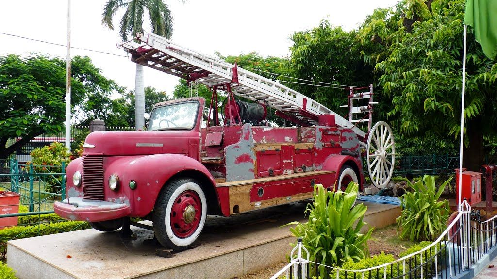 Panoramio photo of old fire engine at salar jung museum in panoramio photo of old fire engine at salar jung museum in hyderabad fandeluxe Choice Image