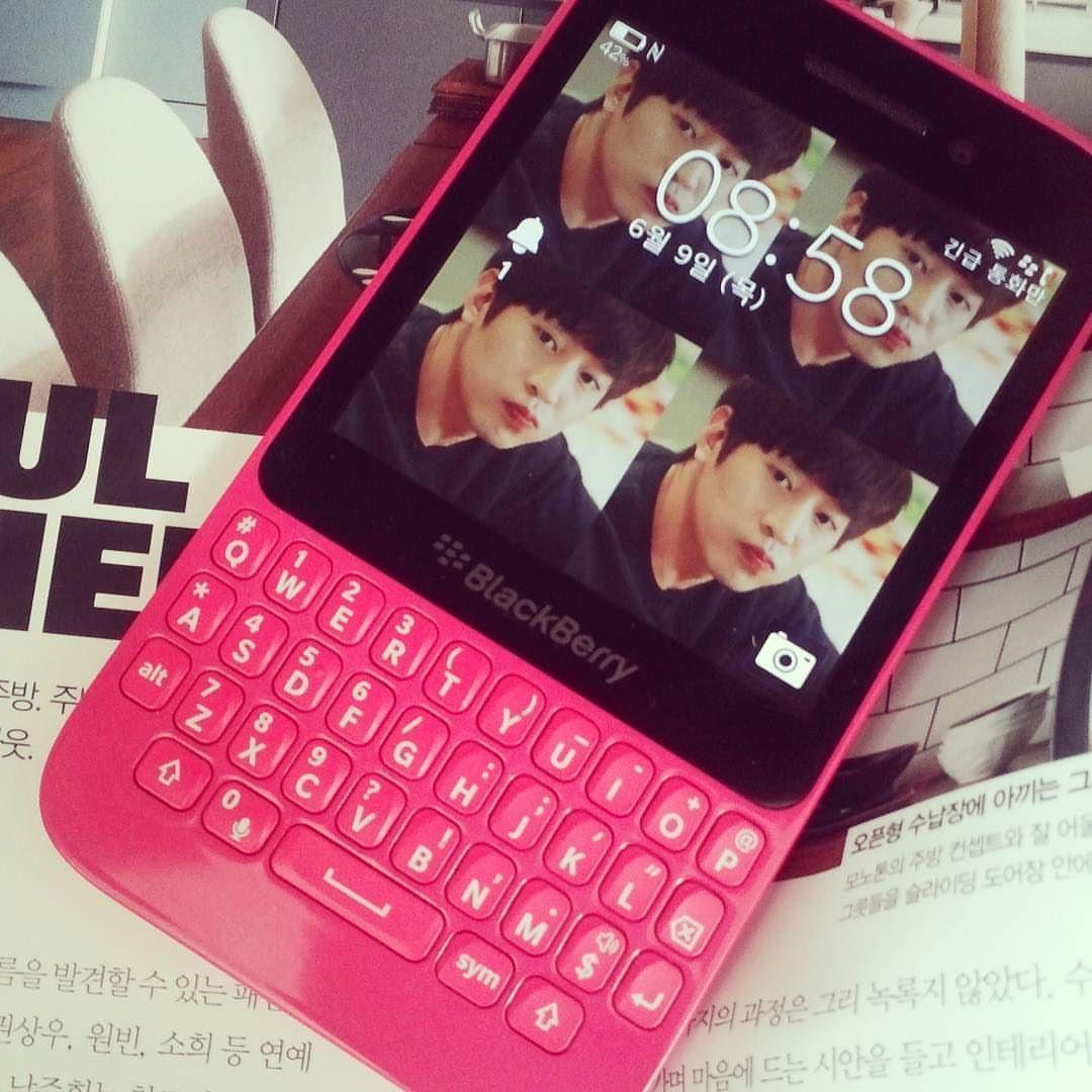 #inst10 #ReGram @0719_s: 박도겨어어어어어어어엉  #블베 #블베q5 #blackberry #pink #blackberryq5 #박도경 #또오해영 #일상 #BlackBerryClubs #BBer #BlackBerryPhotos #BlackBerryQ10 #Q10 #BlackBerryGirls #BlackBerry