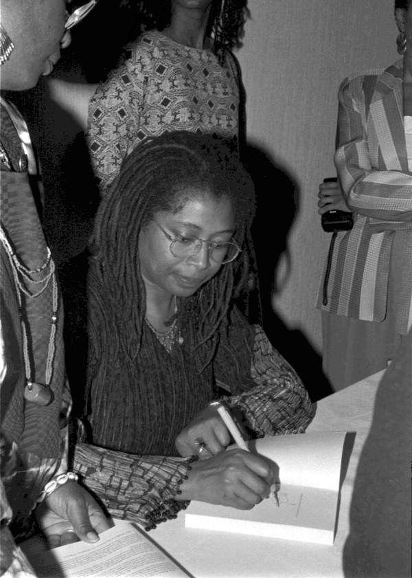 Florida Memory Alice Walker Signing Autographs At The Zora Neale Hurston Festival Of The Arts And Humanities Eatonvill Zora Neale Hurston Alice Walker Zora
