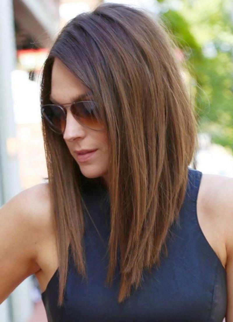 Awesome Женская стрижка лесенка на средние волосы в u С челкой