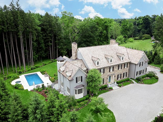 Luxurious Living 4 Pan Handle Lane Westport Ct Represented By Mark Gilrain Jean Coleman To View More Eye Candy On This Home Go To Http Www Halstead Com House Colonial Exterior Luxury