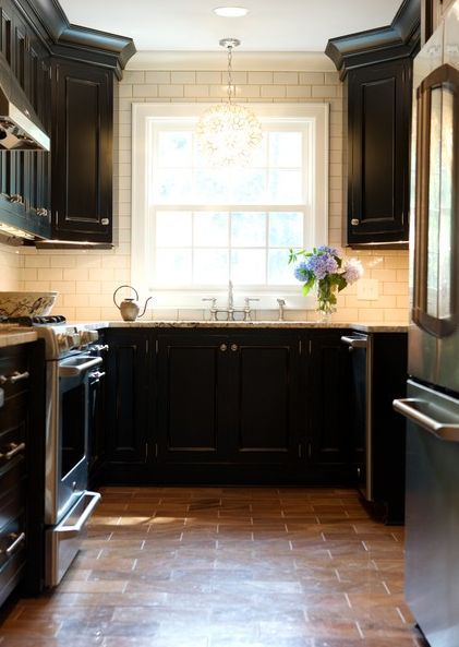 A Look That Is Never Out Of Date White Subway Tile Kitchen