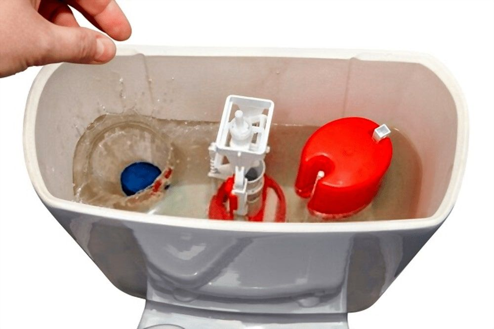How to Clean your Toilet Tank Using Vinegar and Baking