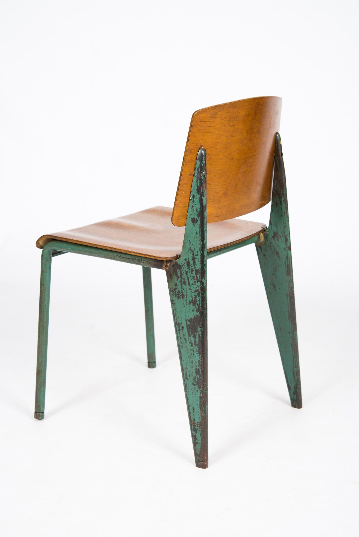 Chaise standard mod le s rie 4 de jean prouv pour le Modele de chaise