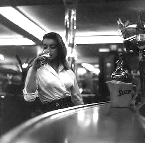 Ms Rita Renoir - photo by Daniel Frasnay, 1958