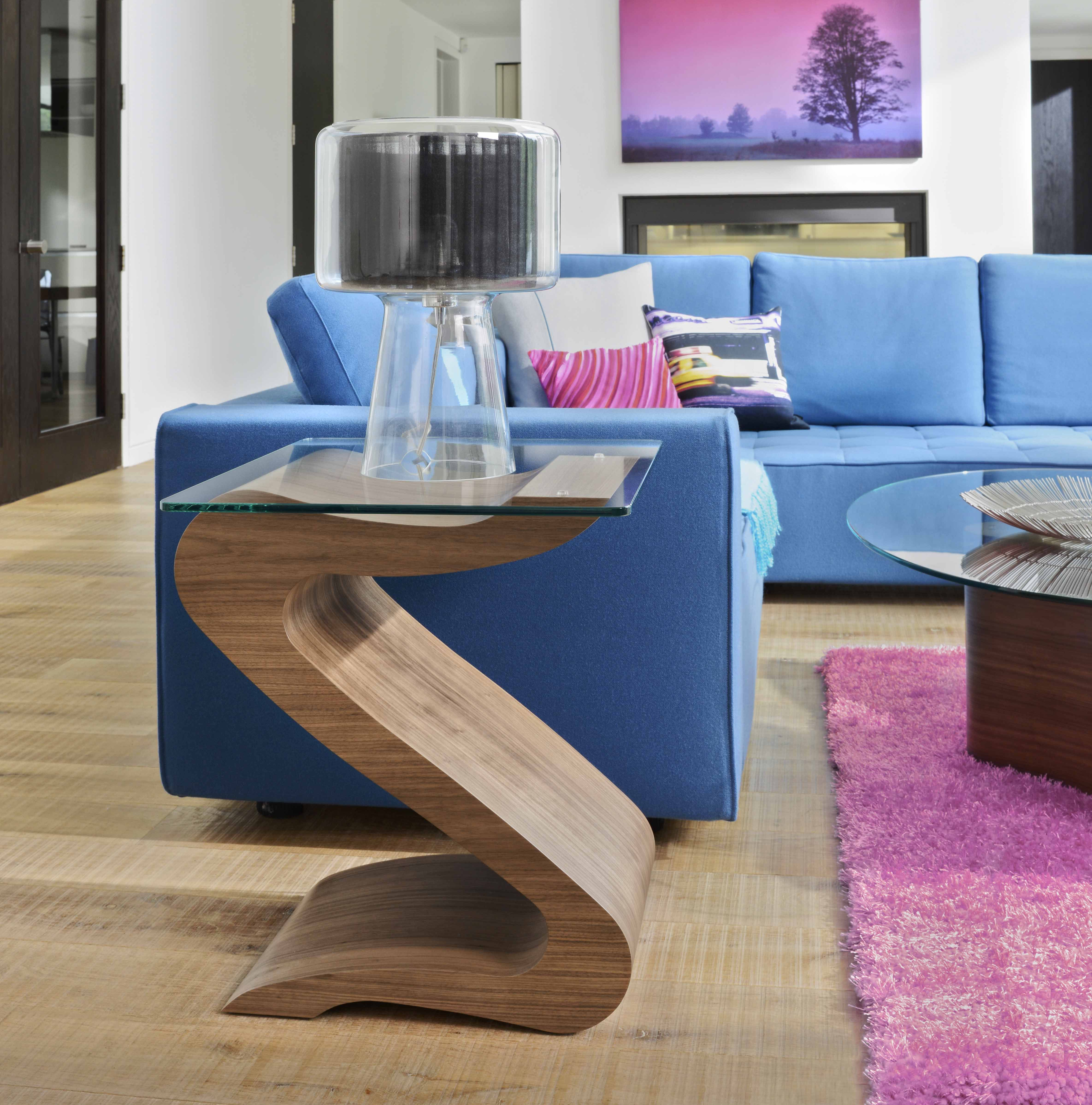 Add a sense of movement to your room with the serpentine flow of the Tom Schneider Lamp Table. #Chic #Style #Home #Curved #Interiors #Designer