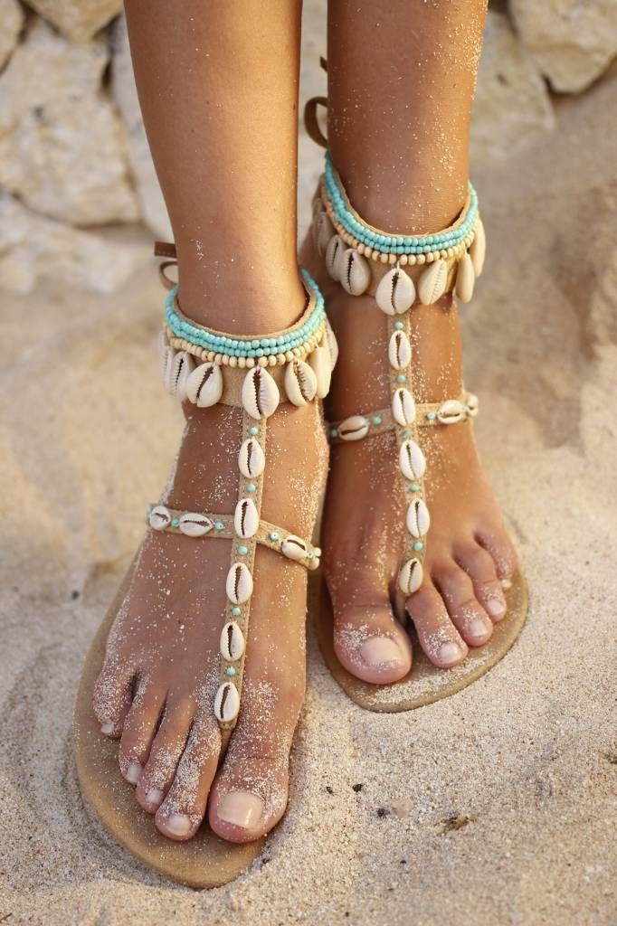 Welp Sandalen van Hot Lava met bandjes over de voet en om de enkel, met ZN-65