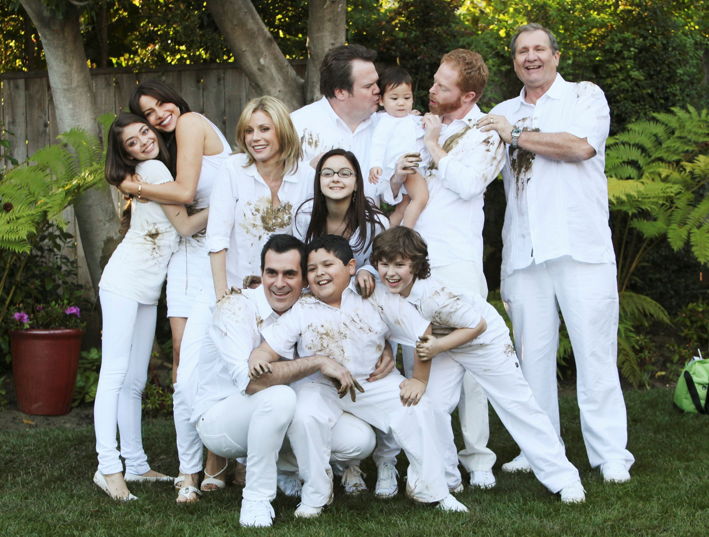 Modern Family One Of The Best Shows On Tv Modern Family Tv Show Modern Family Quotes Modern Family