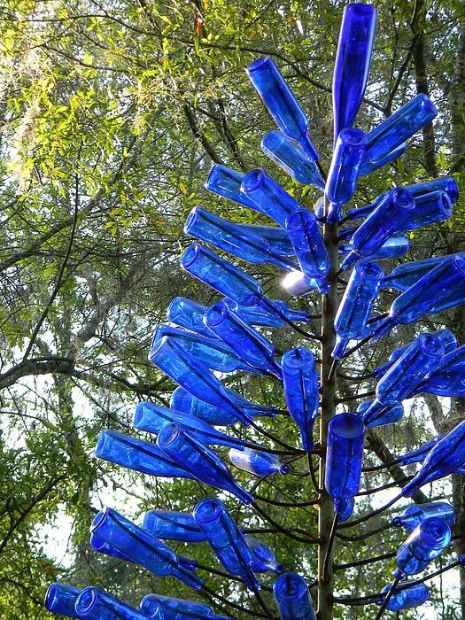 Blue Bottle Tree Bottle Trees Bottle And Gardens