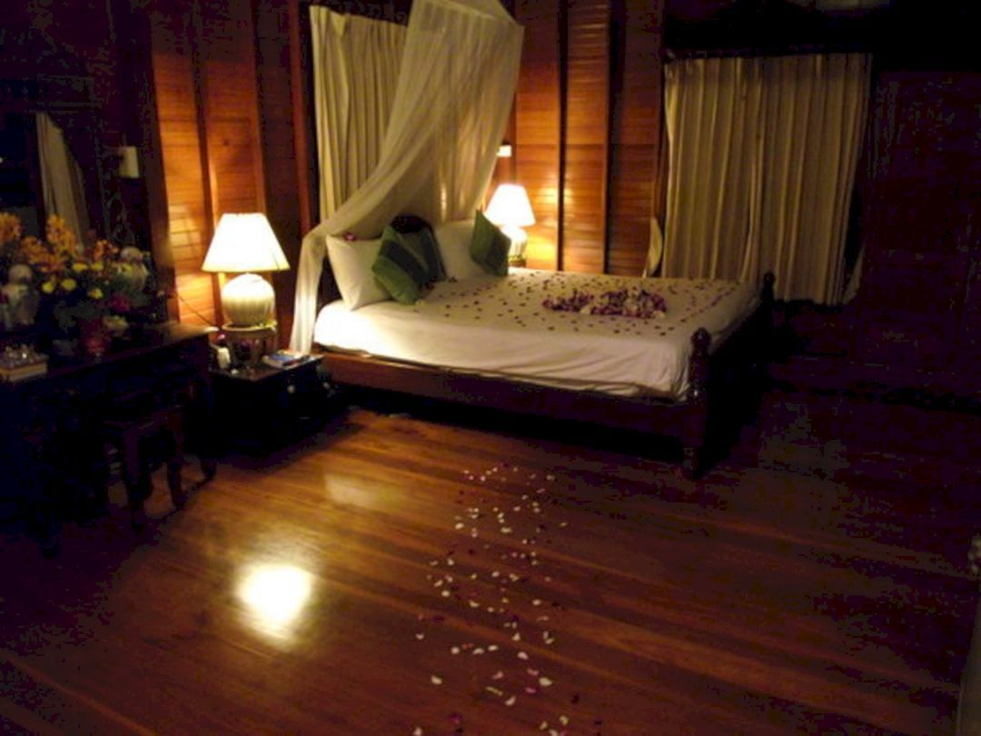 Wedding room decoration ideas   Awesome Wedding Night Room Decoration Ideas