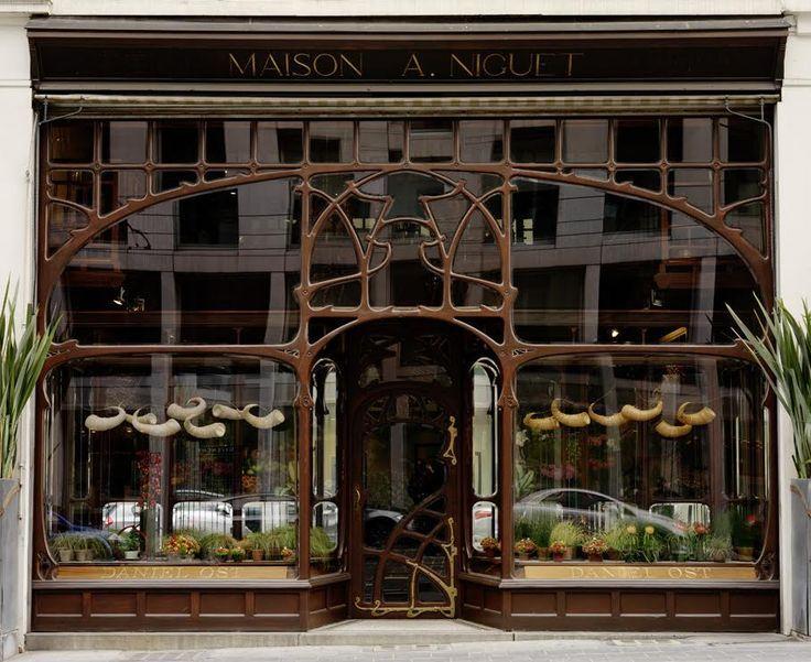 Ancienne chemiserie niguet 1896 13 rue royale bruxelles for Architecte bruxelles