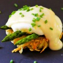 Velvety Mock Hollandaise Sauce - Eating Rules #hollandaisesauce