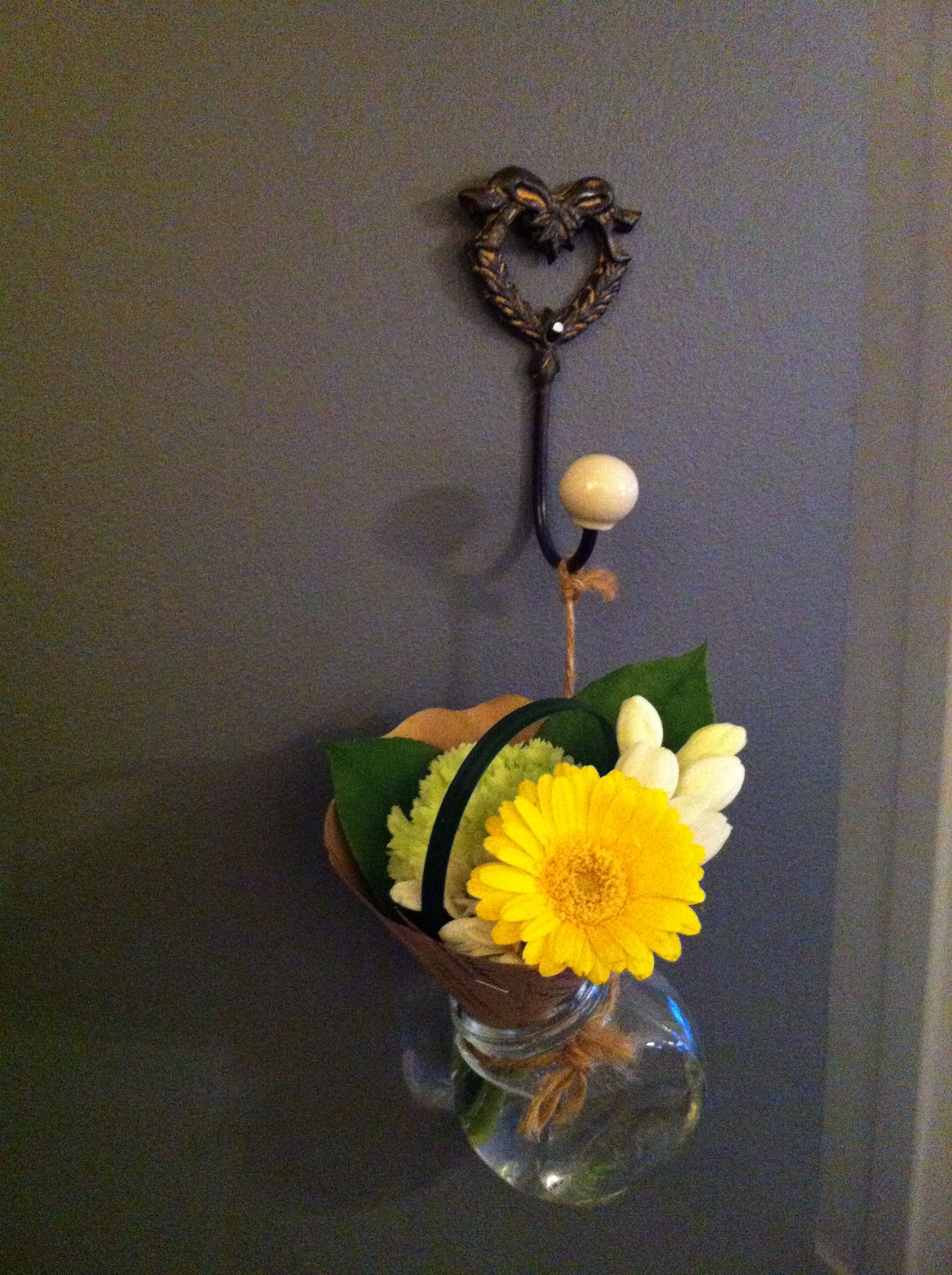 lovely little bouquet i got from our local skytrain on benjamin moore paint stores locations id=53360