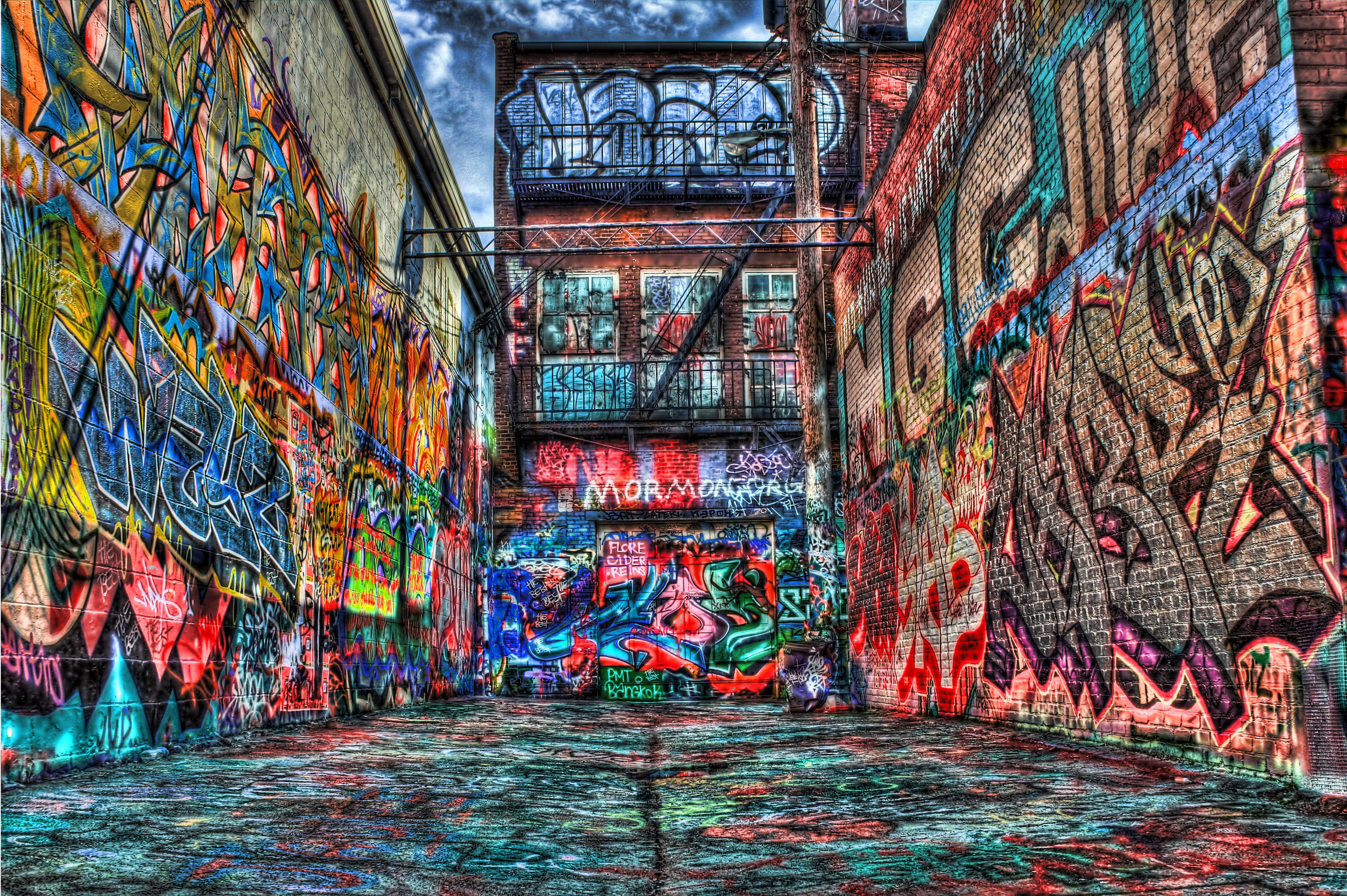 Graffiti art information - Find This Pin And More On Street Art Plus By Bradhughes148 Graffiti Alley