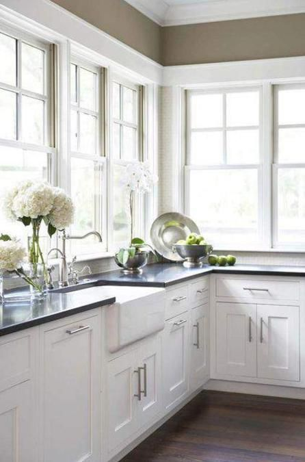 classic decorating ideas for plantation style homes kitchen