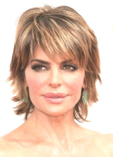 20 gorgeous short hairstyles for women over 50 with