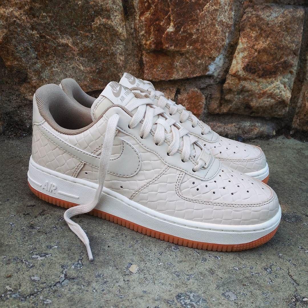 Nike Air Force 1 Wmns Premium