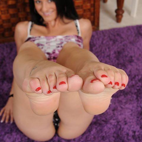 Sexy ass soles