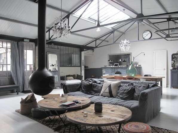 Maison Chaude De Style Industriel Avec Mise En Page