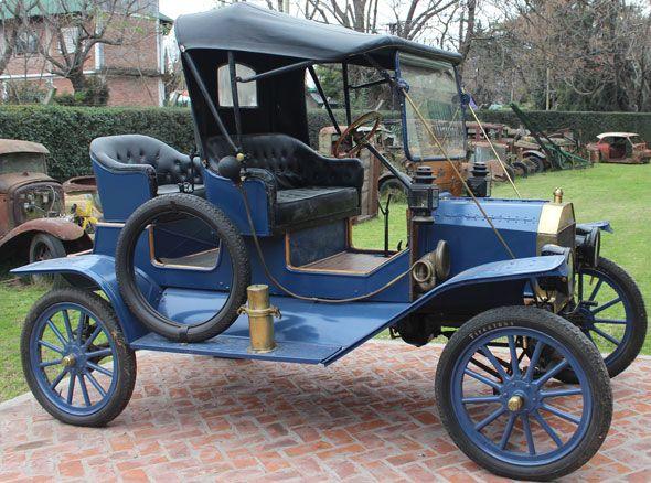 Ford T 1912 con motor ciego recién hecho a magneto, llantas con aros de madera …