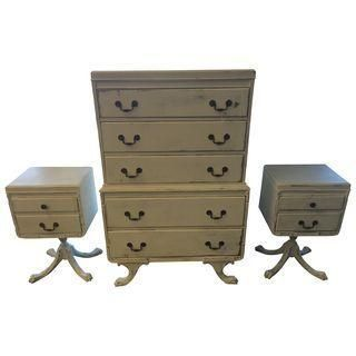 Beautiful Pedestal Dresser Set Includes Tallboy Dresser And Two Matching Nightstands The Unique Look Was Dresser Sets White Furniture Company Tallboy Dresser