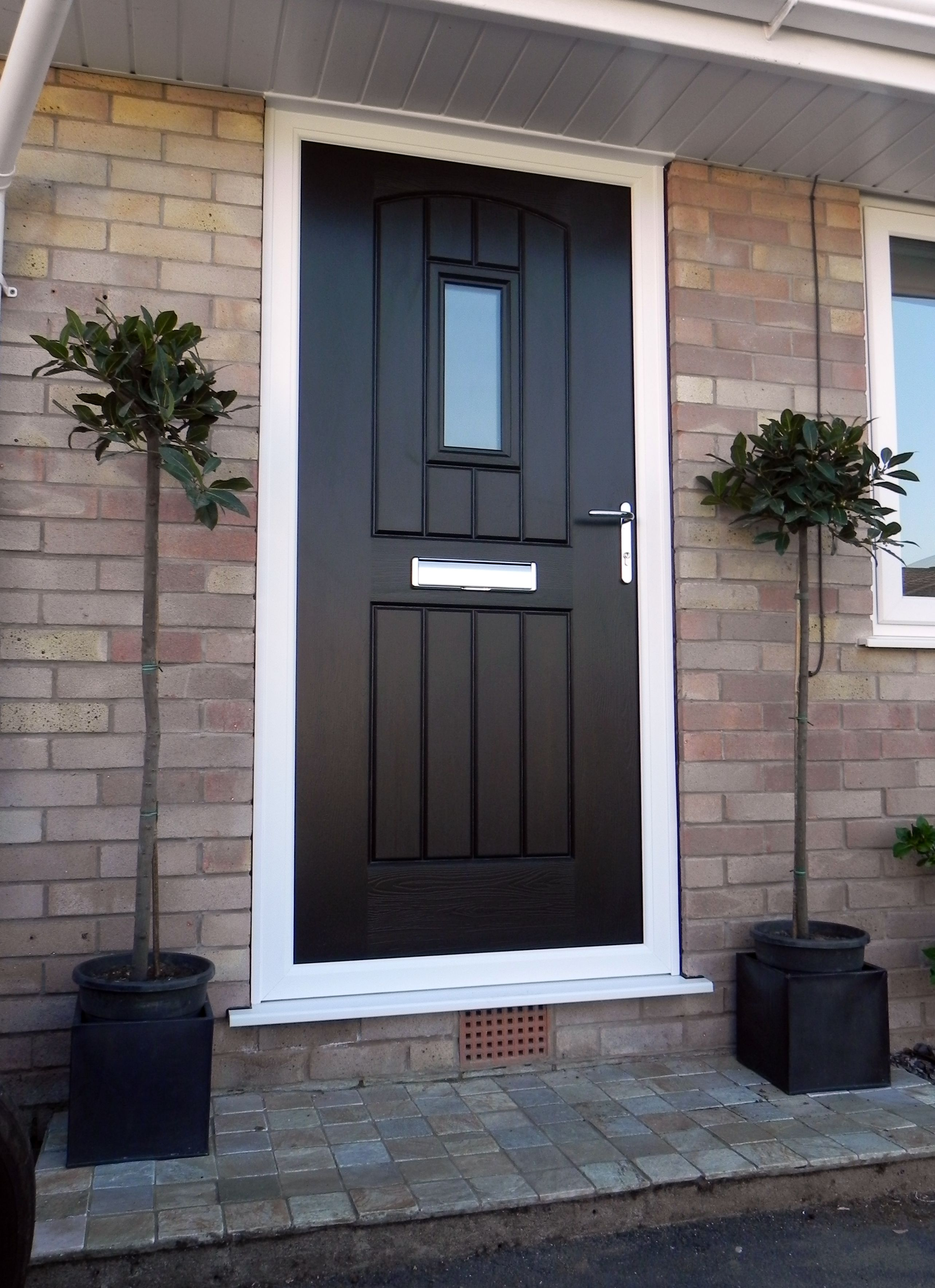 Rockdoor Composite Doors in Stockport & A Black English Cottage design | Black Rockdoors | Pinterest ...