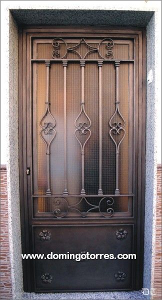 1035 puerta hierro forjado puertas pinterest for Puertas hierro forjado