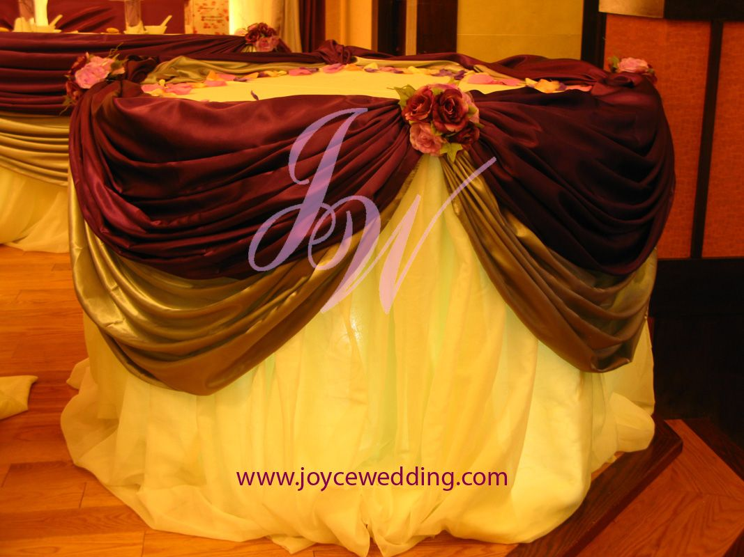 Decorating Cake Table Wedding Reception : #Silver and #Burgundy #Cake #Table #Decoration Cake ...