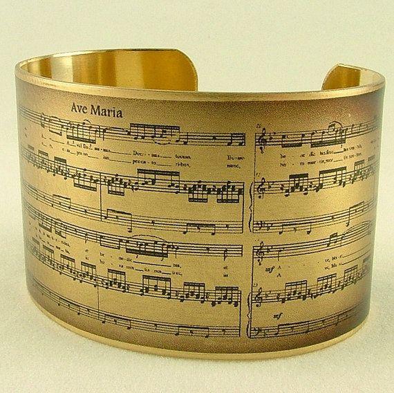 """""""Ave Maria"""" cuff bracelet"""