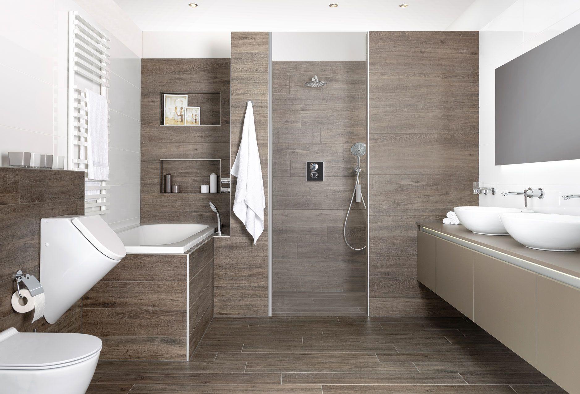 Puth badkamer met inloopdouche mooi meubel met opbouw kommen en