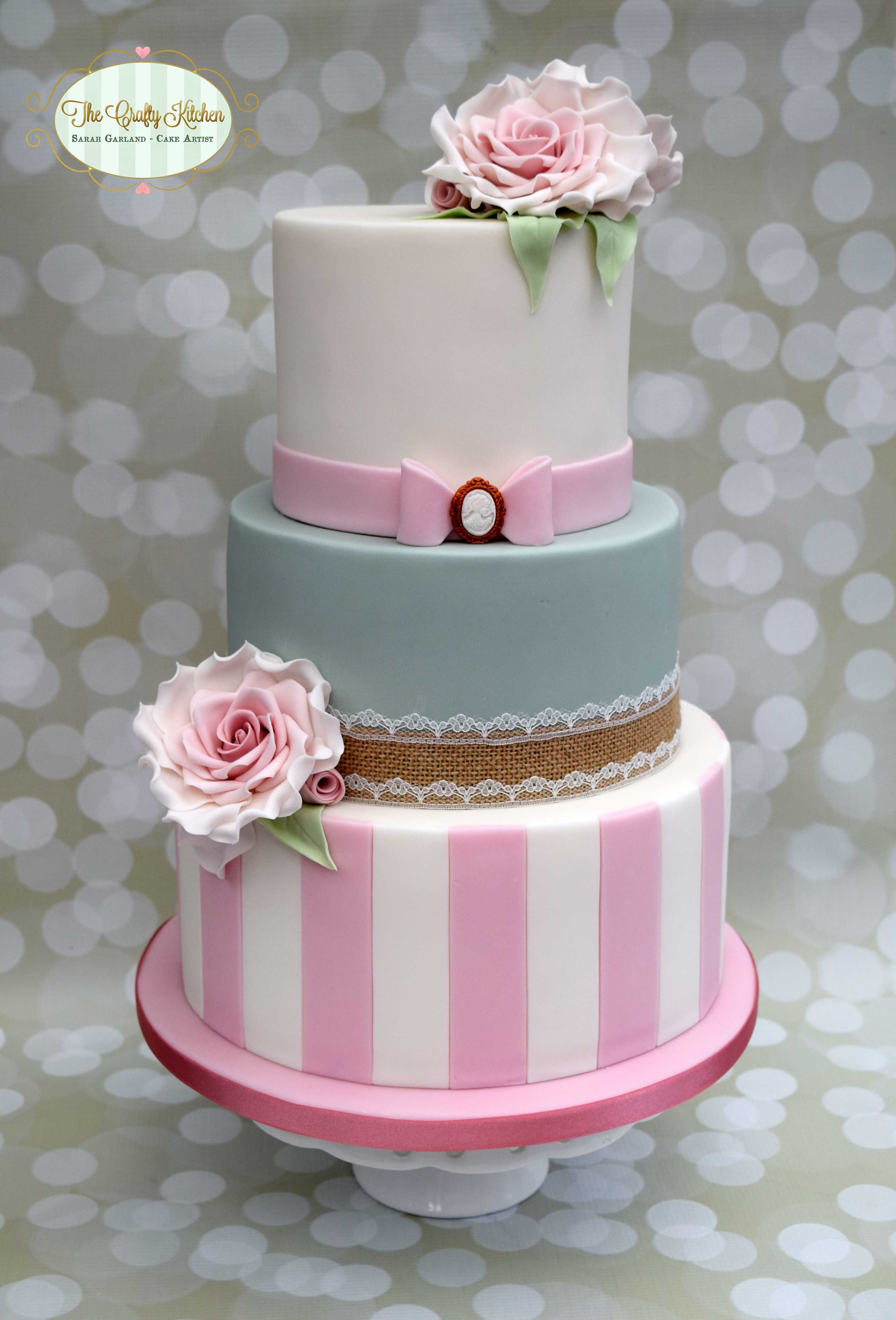 Vintage Wedding Cake Www Thecraftykitchen Co Uk Happy Birthday Cakes Wedding Cakes Vintage Cake Decorating