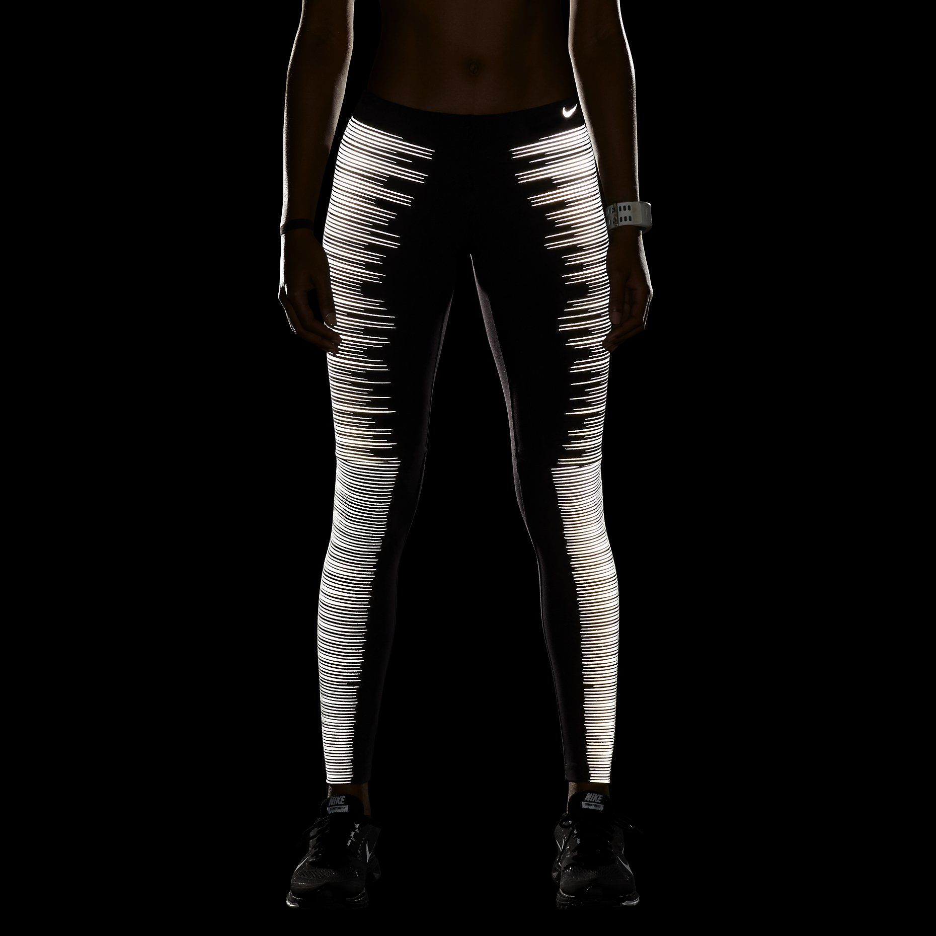 Nike jacket glow in the dark - How Cool Is This Reflective Running Tights Nike Flash Women S Running Tights