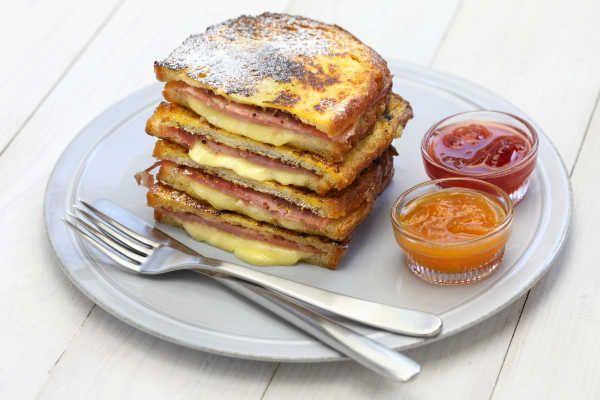 Monte cristo sandwich on a plate next to jelly #montecristosandwich