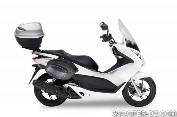 nouveaut honda pcx 125 habill par kappa moto. Black Bedroom Furniture Sets. Home Design Ideas