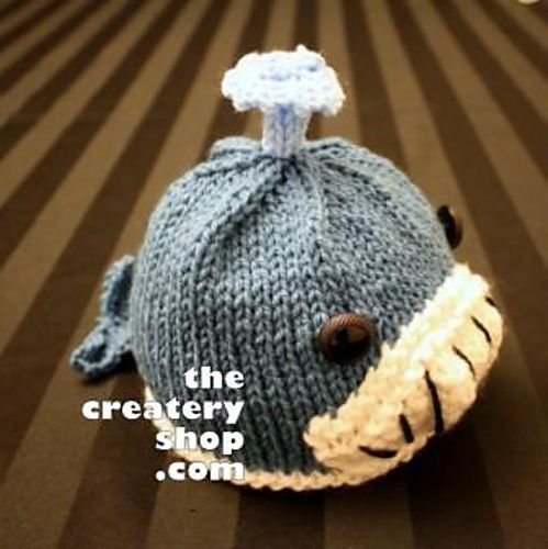I love whales. This hat is too cute.