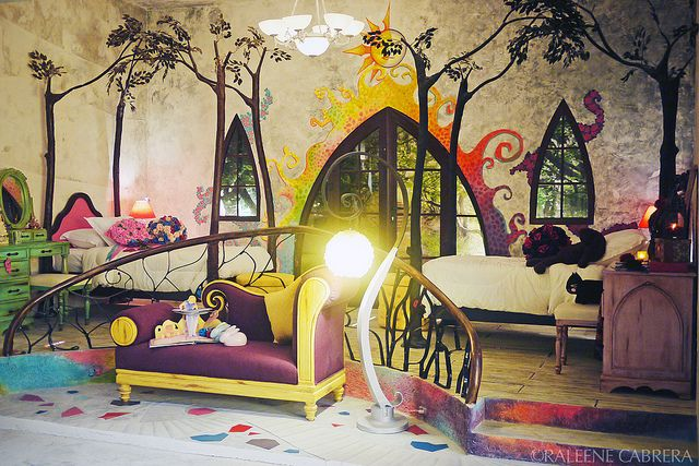 """I LOVE THIS ROOM. It's like an enchanted forest. :""""> 