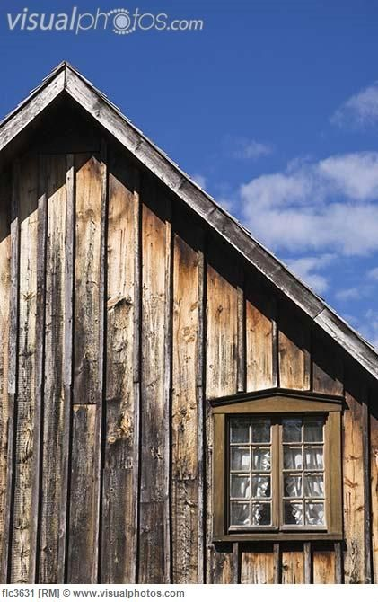 Old Cedar Siding On Cottage Style Home Quebec Canada Cottage Style Homes Cedar Siding Cottage Style